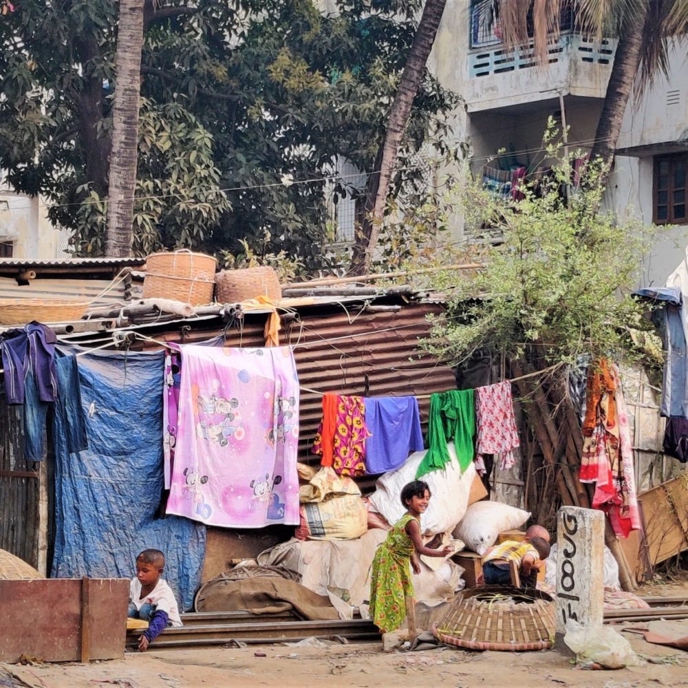 Unraveling links among climate change, poverty and health in slums of Dhaka